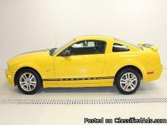 2005 Ford Mustang GT Deluxe Coupe - Price: 10000