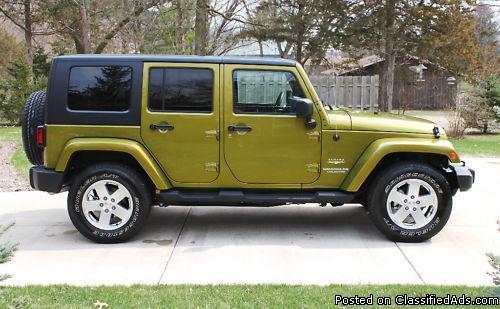 2010 Jeep Wrangler Unlimited Sahara 4WD - Price: 20700
