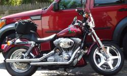 This is a very clean motorcycle, color is red custom paint, lots crome. New tires.Ready to ride. Has only 9000 miles..