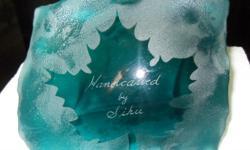 HANDCARVED CANADIAN MAPLE LEAF BY SIKU