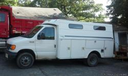 2003 FORD E350 UTLILTY VAN, DIESEL, 6 WHEELS, WHITE EXTERIOR. IN GREAT CONDITION. ANY QUESTIONS PLEASE EMAIL ME @ manddfamily29@gmail.com I CAN ALSO FORWARD PICTURES IF INTERESTED.