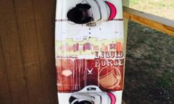 Women's liquid force balance 135wakeboard + boots & bindings! In great condition! Made for a female 130-180lbs. Boots size 6-9. NOT a beginners board! This is a pro model board made for cutting & jumping wakes! $250!!